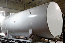 Vertical and horizontal steel tanks